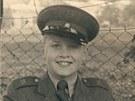 Kamil Báča v nové uniformě na začátku 2. ročníku, 1955.
