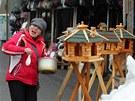 Část tržnice v Hraničné u Kraslic zůstane zachovaná, Vietnamka vylévá pomyje na