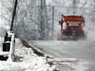 Sněžné pluhy měly s přívaly sněhu co dělat, ale ani stoprocentní nasazení...