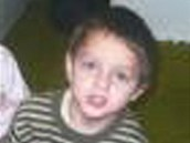 Poh�e�ovan�ho chlapce unesla jeho matka. Naposledy byl vid�n na n�dra�� v