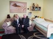 Karin a Milan Sva�inkovi za��dili v Duhov�m dom� v Ostrav� pokoj pro sv�ho