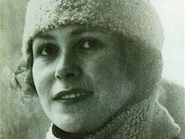 Tato fotografie Ilone Zdarsky vznikla v roce 1925, tedy ve stejném roce jako