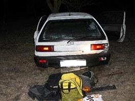 Zdrogovaný řidič havaroval na Vyškovsku do stromu. Nehodě předcházela honička s