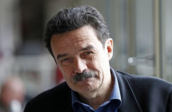 Novinář a šéf konsorcia Mediapart Edwy Plenel (Paříž, 8. dubna 2013).