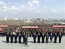 Severokorejci demonstrují v Pchjongjangu věrnost režimu (9. dubna 2013)