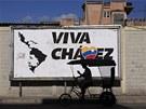 Viva Chávez. Billboard k poctě bývalého venezuelského prezidenta v Havaně (12.