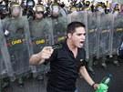 Po ohlášení oficiálních výsledků voleb vypukly ve Venezuele série násilných