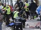 V cíli maratonu v americkém Bostonu v pondělí došlo ke dvěma silným explozím, počet zraněných či případných obětí není znám.