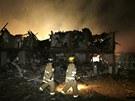 Podle prvních informací začalo v místě exploze nejprve hořet. (18. dubna)