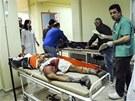 N�kolik p�ist�hovalc� odvezli zdravotn�ci do nemocnice, ��dn� nen� v kritick�m