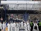 Na detailním průzkumu místa činu se podílelo několik desítek lidí (17. dubna