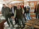 Poslanci ze zemědělského výboru si při své návštěvě Šumavy prohlédli i