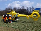 Na místo přiletěl i vrtulník, vážně zraněný řidič však zemřel ještě na místě