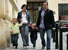 Michal Viewegh s manželkou a dcerami
