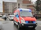 Odjezd francouzských dětí z Fakultní nemocnice Plzeň, které byly zraněny při