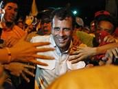 Předvolební mítink opozičního lídra Henrique Caprilese (11. dubna 2013)
