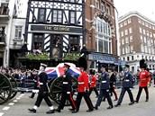 Pohřební průvod Margaret Thatcherové v Londýne (17. dubna 2013)