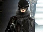 Veronika Vránová úzce spolupracuje s módním domem Lanvin. Objevila se také na