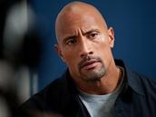 Dwayne Johnson ve filmu Práskač bojuje za syna.