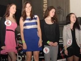 Osmička semifinalistek se zúžila na čtyřku. Právě tolik dívek bude bojovat ve