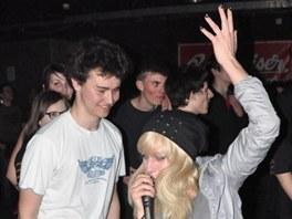 Na Student Festu řádili studenti pod pódiem i na něm.