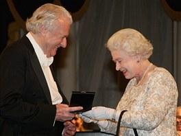 Colin Davis a kr�lovna Al�b�ta II.