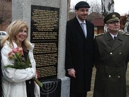 V Tršicích na Olomoucku odhalili pomník obětem holocaustu a zároveň i