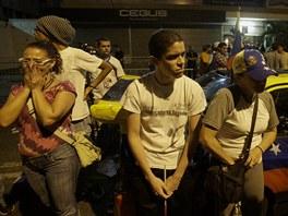 P��znivci opozi�n�ho kandid�ta Henriquea Caprilese neskr�vali po ozn�men�