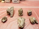 Archeologov� zpracov�vaj� �lomky souso�� boha Amona a jeho man�elky Mut.