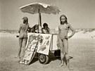 Jock Sturges, Tracey, Estelle, Mylene et Sophie; Montalivet, France,1994