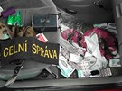 Olomoučtí celníci a cizinecká policie zadrželi pašeráky léku Sudafed z Polska.