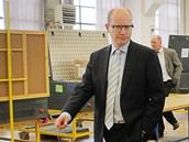 Návštěva šéfa ČSSD Bohuslava Sobotky v plzeňském podniku Škoda Electric v rámci