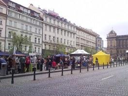 Protivládní demonstrace na Václavském náměstí má velmi malou účast (27. dubna