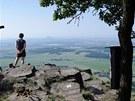 Skalní vyhlídka pod jižním vrcholem Sedla