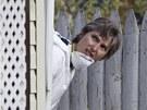 Agenti FBI ohled�vaj� d�m Ariela Castra v Clevelandu (8. kv�tna 2013)