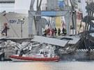Při nehodě v přístavě v italském Janově zemřeli tři lidé.