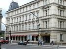 2. Dům čp. 1012 - Pozemek v roce 1860 koupil hrabě Lažanský. O rok později...