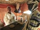 Výkupna zlata vytěženého v dole Wad Bushara nedaleko súdánského Abu Delelq.