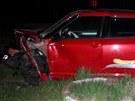 Ve Vojkovicích na Frýdecko-Místecku se čelně srazily dva osobní automobily, při