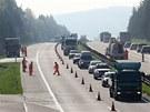 U Větrného Jeníkova na Vysočině byla doprava svedena do jednoho pruhu.