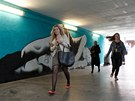 Prezentace motivu malby Antonína Matějovského, kterou na zdi podchodu u stanice