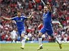 ROZHODL. Juan Mata se raduje z g�lu proti Manchesteru United, Chelsea d�ky n�mu