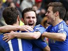 GÓL V ZÁVĚRU. Juan Mata se raduje z gólu proti Manchesteru United, Chelsea díky