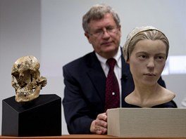 Odborn�ci z institutu Smithsonian ozn�mili n�lez kost� 14let� d�vky, kter�