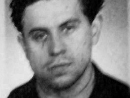 Jedna z mála dochovaných fotek Jiřího Světlíka z mládí. Řadu z nich mu zničili