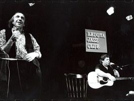 Mirek Kovářík (vlevo) a Vladimír Mišík v Redutě v roce 1996
