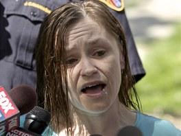 Sestra osvobozené Amandy Berryhové Beth Serranová poděkovala lidem za podporu a