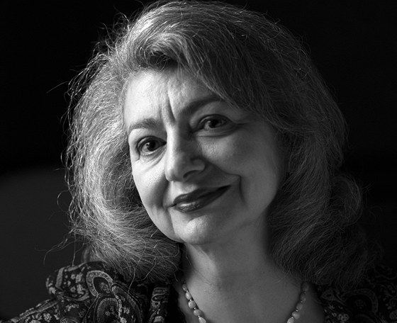 Liah Greenfeldov�, profesorka sociologie, politologie a antropologie na
