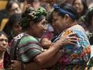 Indiáni z kmene Ixil oslavují rozsudek nad bývalým diktátorem Monttem (11.