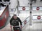 Policist� ��daj� ve�ejnost o identifikaci mu�e, kter�ho podez��vaj� z p�epaden�